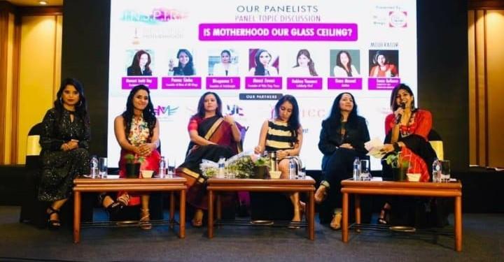 Panel Discussion with Kiran Manral, Mansi Joshi, Rakhee Vaswani, Mansi Zaveri, the founders of IBM along with the Moderator Sonia Kulkarni.
